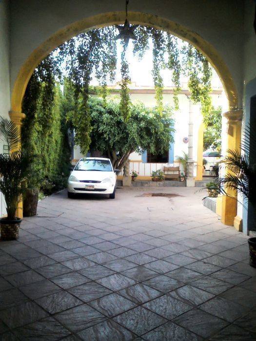 Hostal Saint Martins, Queretaro, Mexico, get travel routes and how to get there in Queretaro