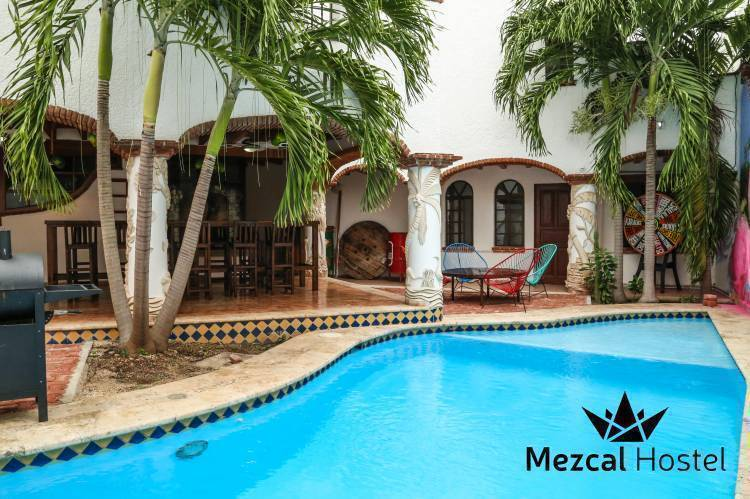 Mezcal Hostel, Cancun, Mexico, bed & breakfasts and hotels in tropical destinations in Cancun