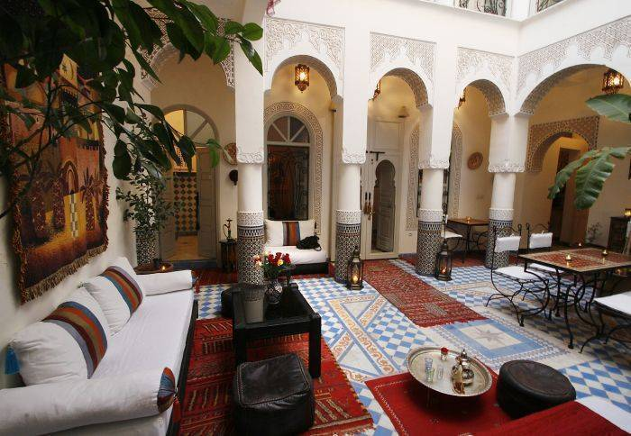 Riad Dollar Des Sables, Marrakech, Morocco, stay in a hostel and meet the real world, not a tourist brochure in Marrakech