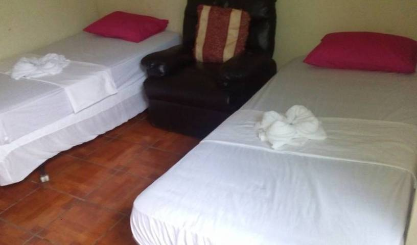 Hostel Ruinas de San Sebastian - Search available rooms and beds for hostel and hotel reservations in Leon 9 photos