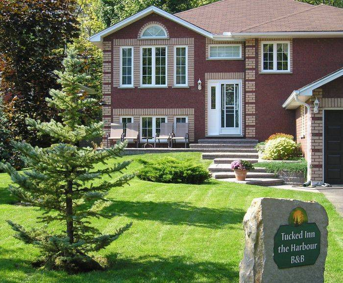 Tucked Inn the Harbour Bed and Breakfast, Midland And Victoria Harbour, Ontario, Ontario hostels and hotels