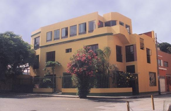 Barranco's Backpackers Inn, Lima, Peru, affordable posadas, pensions, backpackers, rural houses, and apartments in Lima