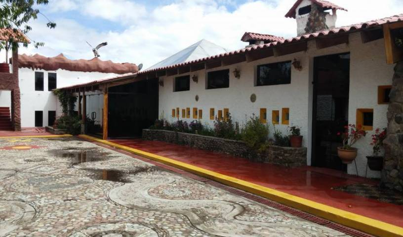 Mama Quilla - Search for free rooms and guaranteed low rates in Chucuito, popular travel 12 photos