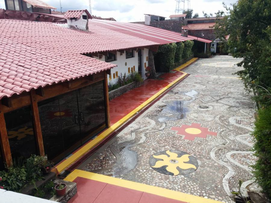 Mama Quilla, Chucuito, Peru, book hostels and backpackers now with IWBmob in Chucuito