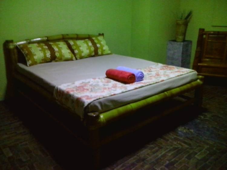 Budget Guesthouse, Angeles, Philippines, cheap bed & breakfasts in Angeles