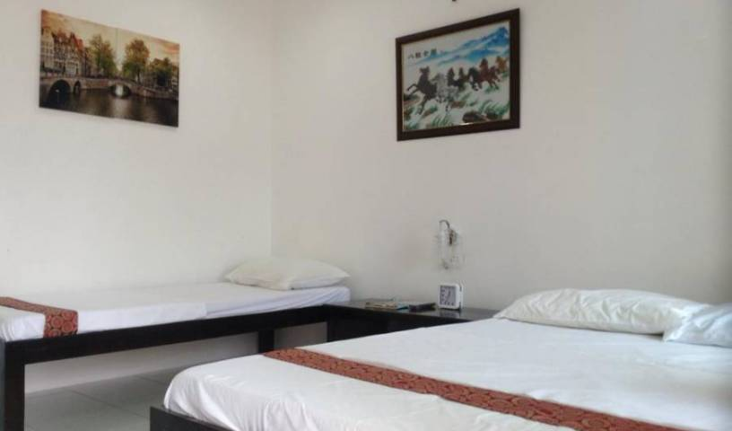 Moalboal Tropics - Search available rooms and beds for hostel and hotel reservations in Moalboal 21 photos