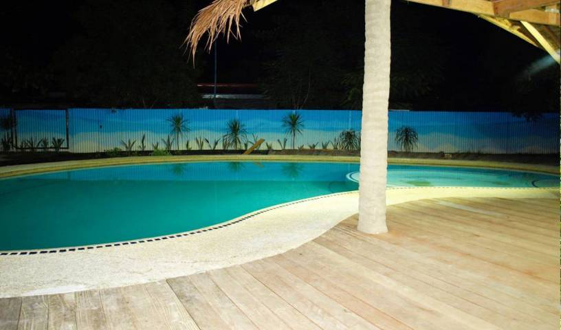 The Sharkstail Dive Resort - Search available rooms and beds for hostel and hotel reservations in Cebu City 1 photo