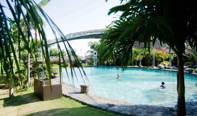 White Chocolate Hills Resort 78 photos