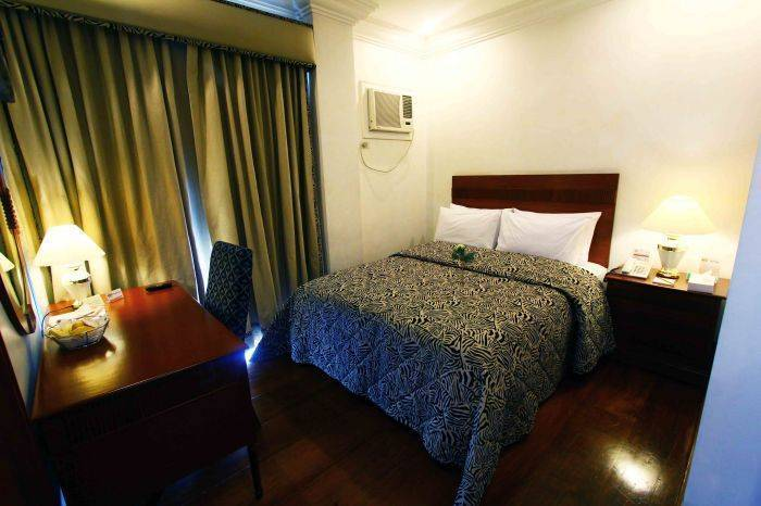 VIP Suite Apartelle, Makati, Philippines, hostel reviews and price comparison in Makati