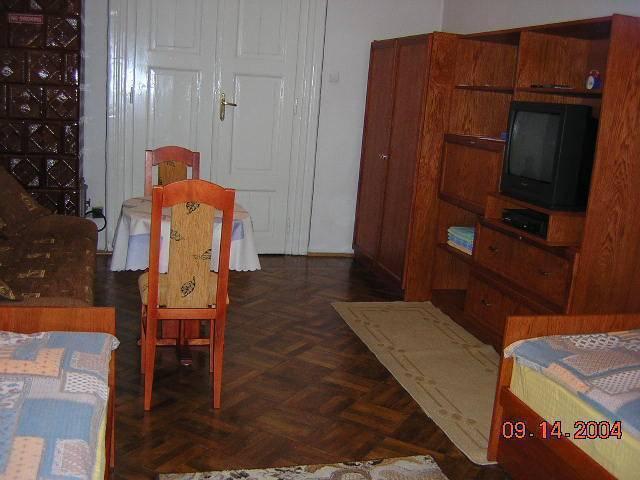 Krakow 1st Bed and Breakfast, Krakow, Poland, discounts on hostels in Krakow
