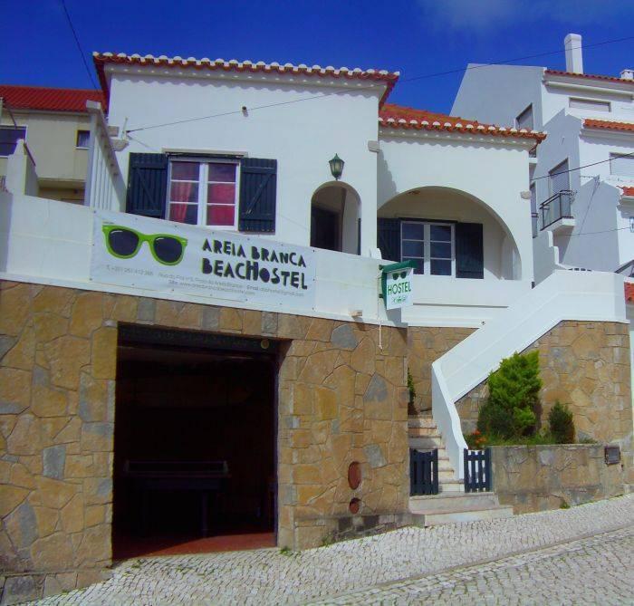 Areia Branca Beach Hostel, Praia da Lourinha, Portugal, Portugal hostels and hotels