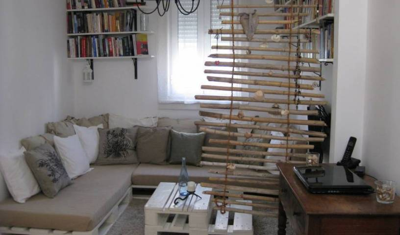 A Lisbon Nest - Get cheap hostel rates and check availability in Lisbon, Lisbon, Portugal hostels and hotels 15 photos