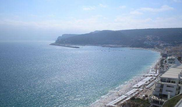 Casa de Sesimbra - Search available rooms and beds for hostel and hotel reservations in Sesimbra 3 photos