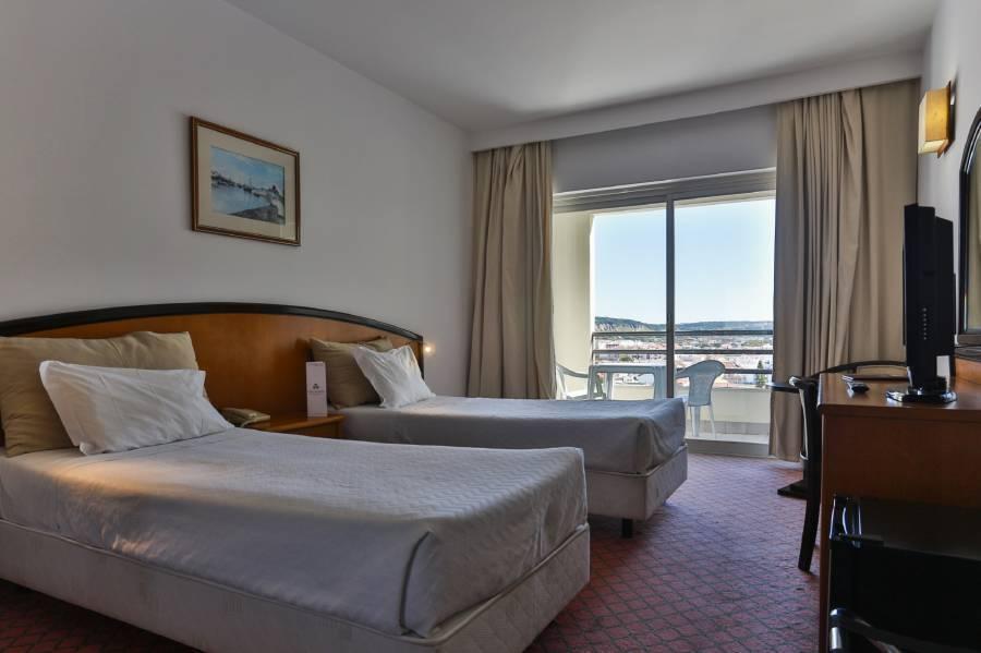 Ever Caparica Beach and Conference Hotel, Costa de Caparica, Portugal, Tento týden horké nabídky v ubytovnách v Costa de Caparica