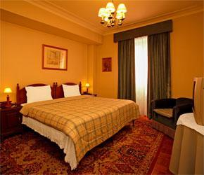 Pao de Acucar Bed and Breakfast, Porto, Portugal, top 10 cities with hostels and cheap hotels in Porto
