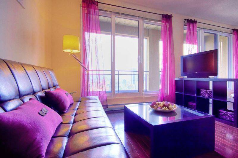 Pink, Montreal, Quebec, Quebec bed and breakfasts and hotels