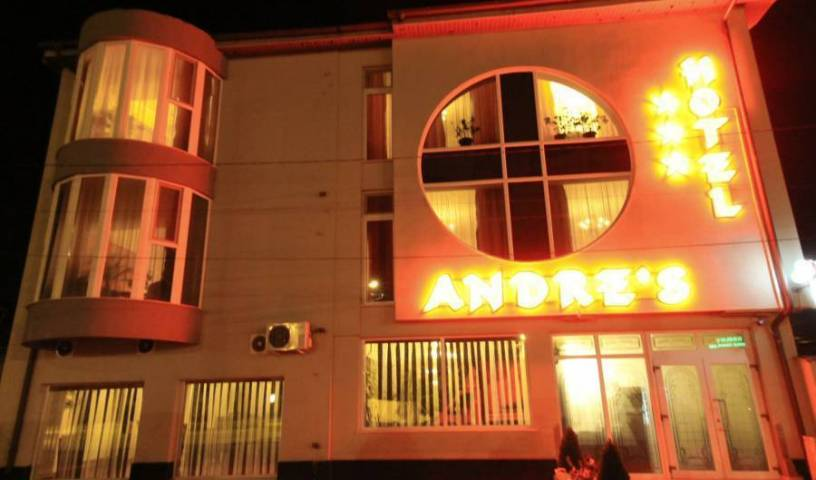 Andre's Hotel, bed and breakfast bookings 9 photos