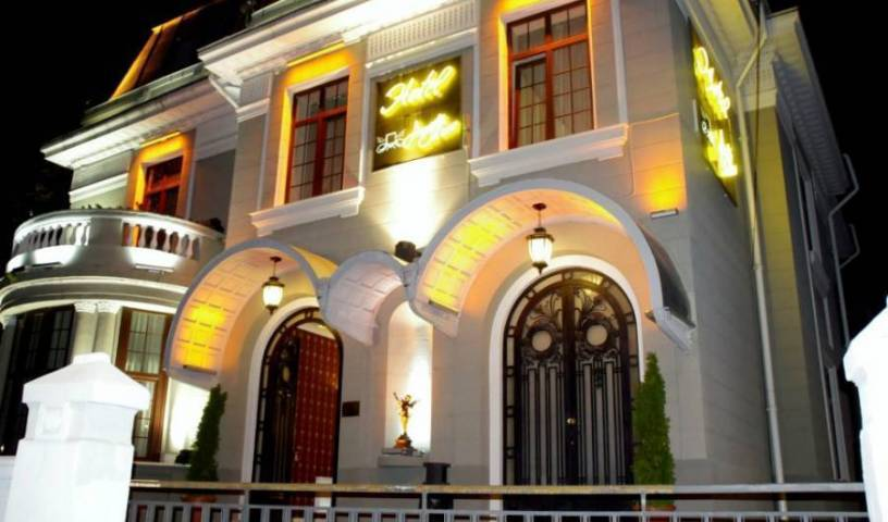 Hotel Angelo d'Oro, bed and breakfast holiday 27 photos