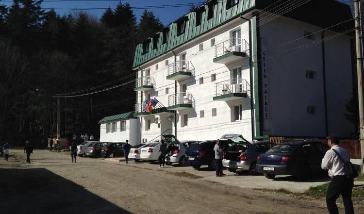 Hotel Green Palace - Suchen sie nach freien zimmern und garantiert günstigen preisen in Sinaia 4 Fotos