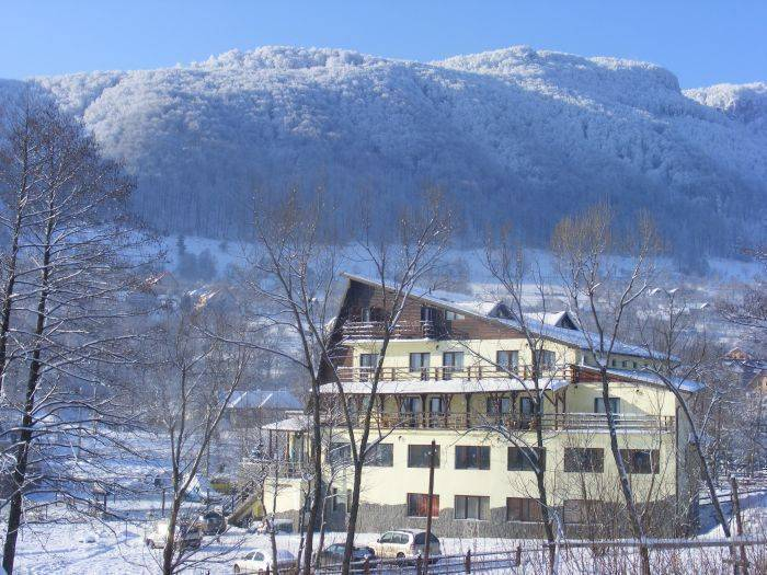 Hotel Bran Belvedere, Bran, Romania, top travel website for planning your next adventure in Bran