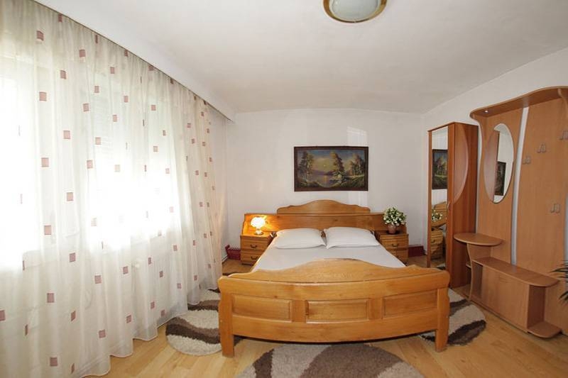 Pensiunea Bud, Oncesti, Romania, popular destinations for travel and bed & breakfasts in Oncesti