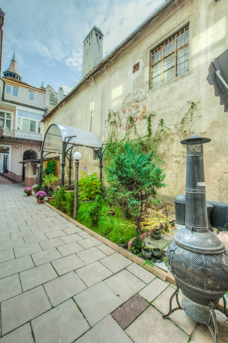 Residence Central Annapolis, Brasso, Romania, bed & breakfasts in historic towns in Brasso