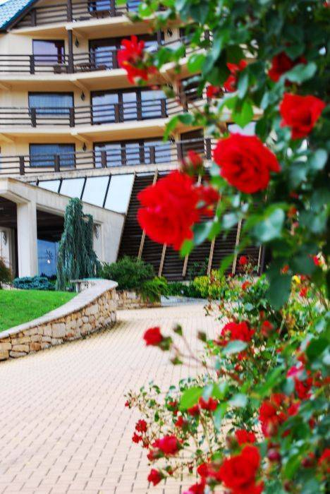 Sungarden Golf and Spa Resort, Baciu, Romania, book bed & breakfasts and hotels now with IWBmob in Baciu