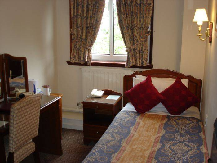 Kings Park Hotel, Glasgow, Scotland, guest benefits in Glasgow