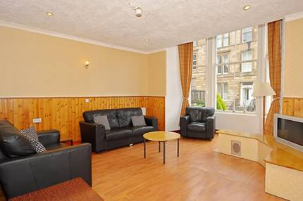 Mclays Guest House, Glasgow, Scotland, bed & breakfasts with free breakfast in Glasgow