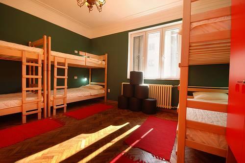 Hostel Le Jardin, Belgrade, Serbia, low cost lodging in Belgrade