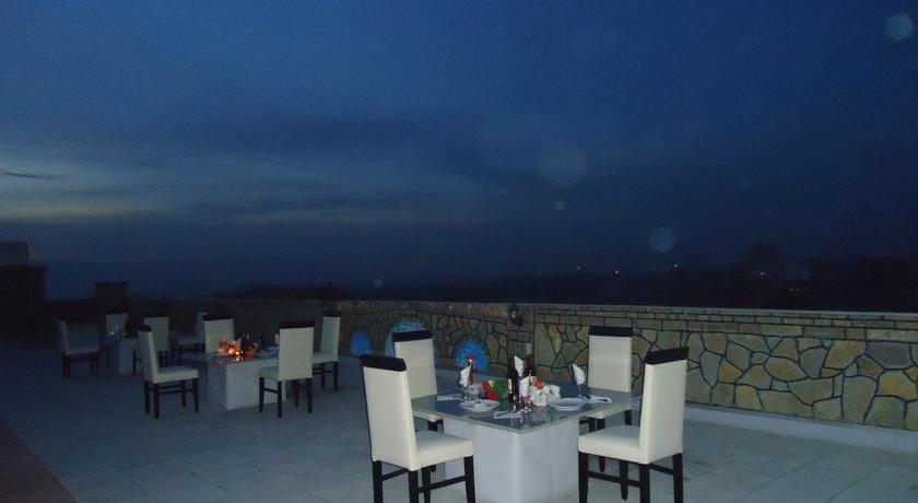 Hotel Albatros, Prizren, Serbia, unforgettable trips start with HostelTraveler.com in Prizren