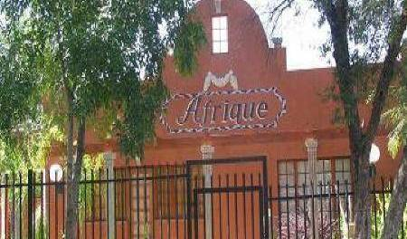 Afrique Guest House - Get cheap hostel rates and check availability in Upington 6 photos