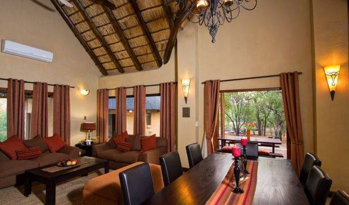 Warthog Rest Private Lodge - Search for free rooms and guaranteed low rates in Hoedspruit, expert travel advice 6 photos