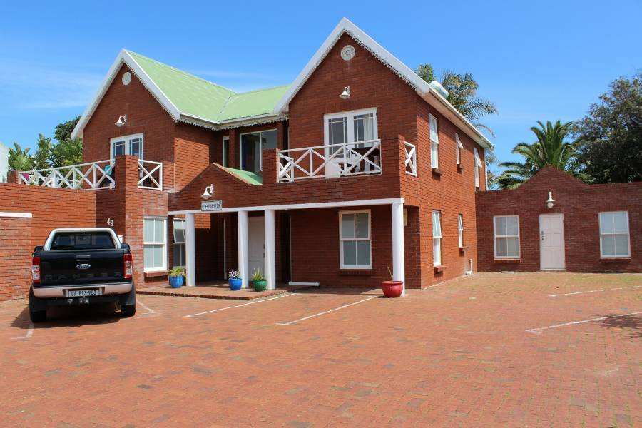 Elements, Cape Town, South Africa, what is an eco-friendly hostel in Cape Town