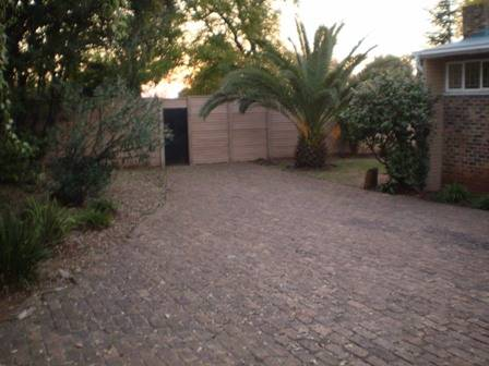 Karus Lodge, Pretoria, South Africa, youth hostels, motels, backpackers and B&Bs in Pretoria