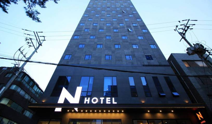 Seoul N Hotel - Search available rooms and beds for hostel and hotel reservations in Seoul, hostels for vacationing in winter 33 photos