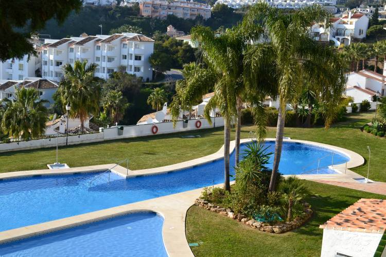 Apartamentos Mirador de Calahonda, Mijas Costa, Spain, explore everything from luxury bed & breakfasts to sprawling inns in Mijas Costa
