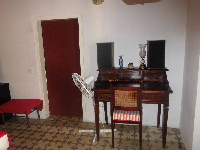 Double Room With Private Balcony in Born, Barcelona, Spain, bed & breakfasts for the festivals in Barcelona