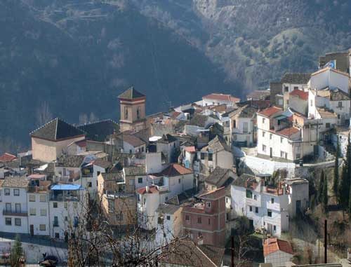 Fun-Da-Lucia, Quentar, Spain, youth hostels and backpackers for fall foliage in Quentar