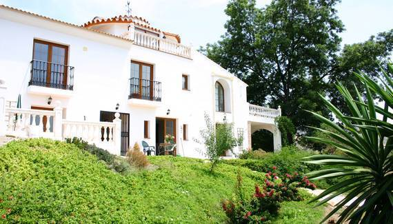 La Finca Blanca, Alora, Spain, Spain bed and breakfasts and hotels