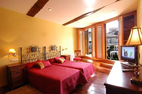 Santo Grial Pension Residencia, Santiago De Compostela, Spain, fantastic hostels in Santiago De Compostela