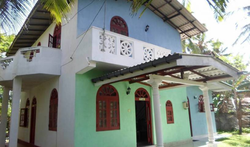 Home Stay - Search available rooms and beds for hostel and hotel reservations in Hikkaduwa 19 photos