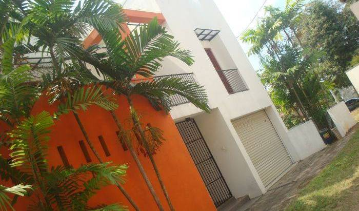 Home Stay - Budget - Search for free rooms and guaranteed low rates in Colombo, youth hostel 12 photos