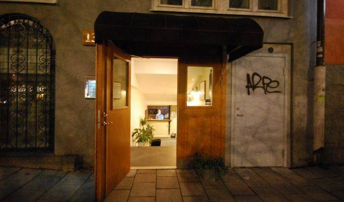 Skanstulls Hostel - Search for free rooms and guaranteed low rates in Stockholm 3 photos