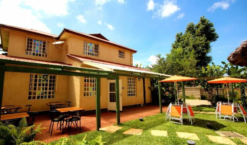 Crest Safari Lodge - Get cheap hostel rates and check availability in Arusha 5 photos