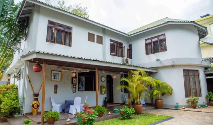 The Daisy Comfort Home -  Kinondoni 13 photos