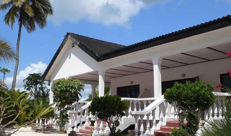Uroa White Villa -  Uroa 30 photos