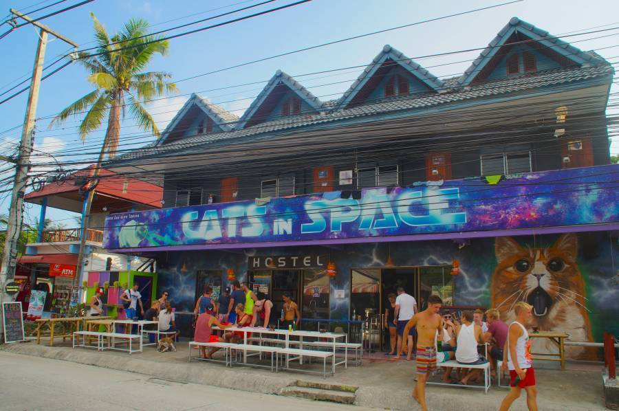 Cats in Space, Ko Phangan, Thailand, safest hostels in secure locations in Ko Phangan