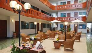 Tawan Court, Chiang Mai, Thailand, Thailand giường ngủ và bữa ăn sáng và khách sạn