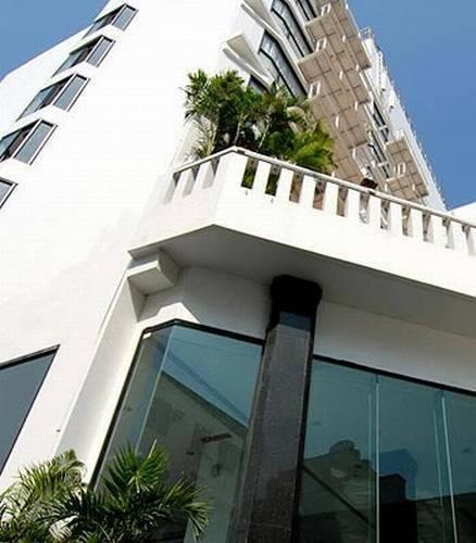 C H Hotel, Amphoe Muang, Thailand, Thailand giường ngủ và bữa ăn sáng và khách sạn